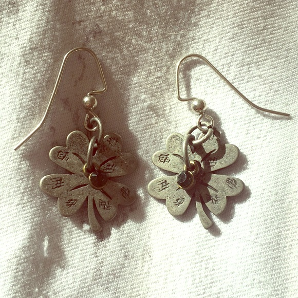 Hand Crafted Jewelry - Clover earrings handmade